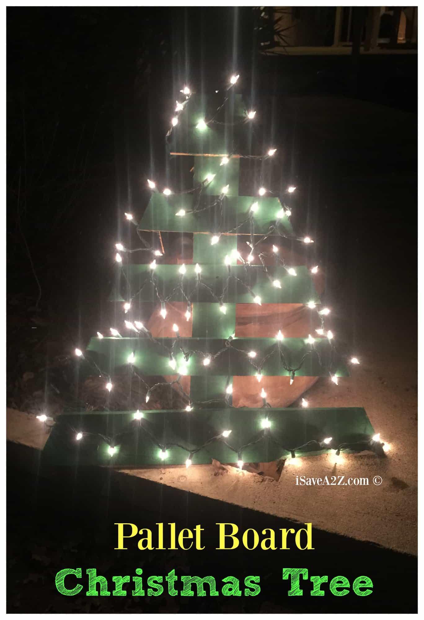 Pallet Board Christmas Tree Idea