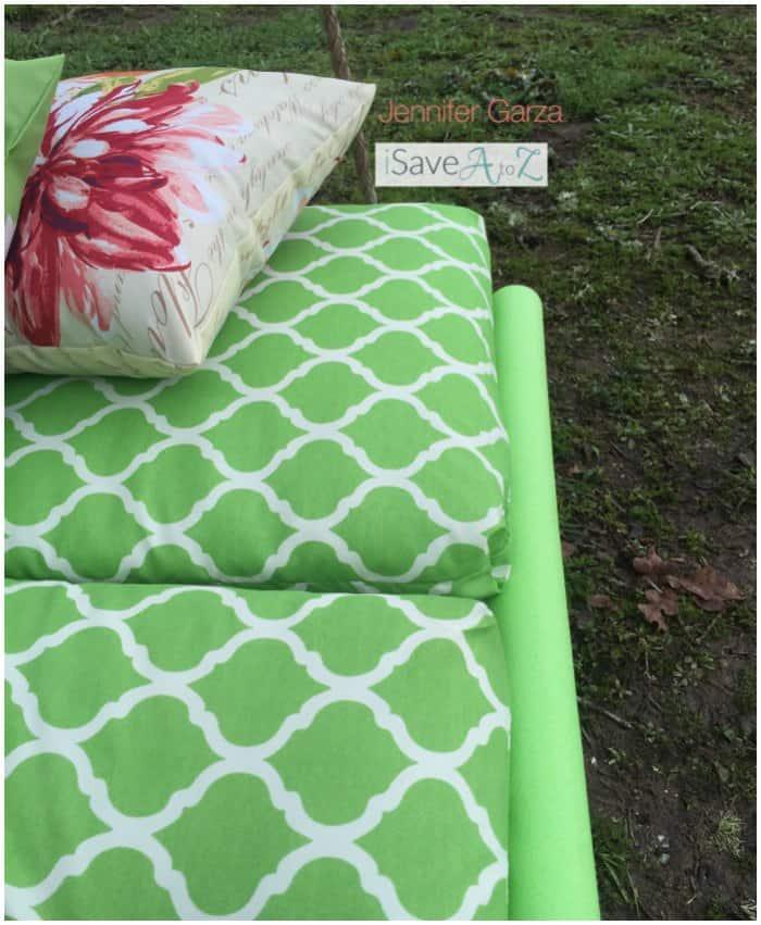 DIY Pallet Board Bed Swing