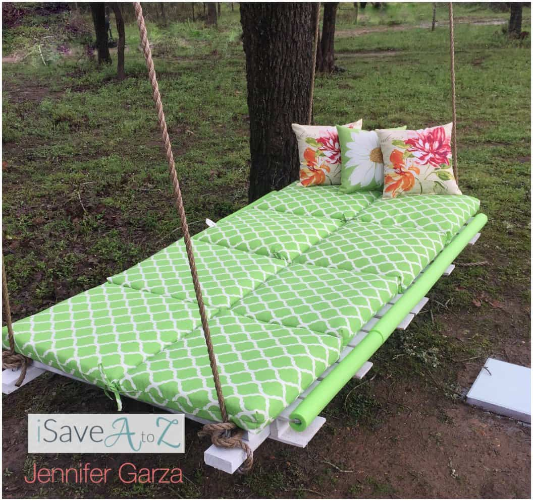DIY Pallet Board Bed Swing using two pallet boards